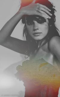 [f] Kara Letha Zirimis --- Mary Kate Olsen ou Mila Kunis [ réservé ] 71010-cc0f8b